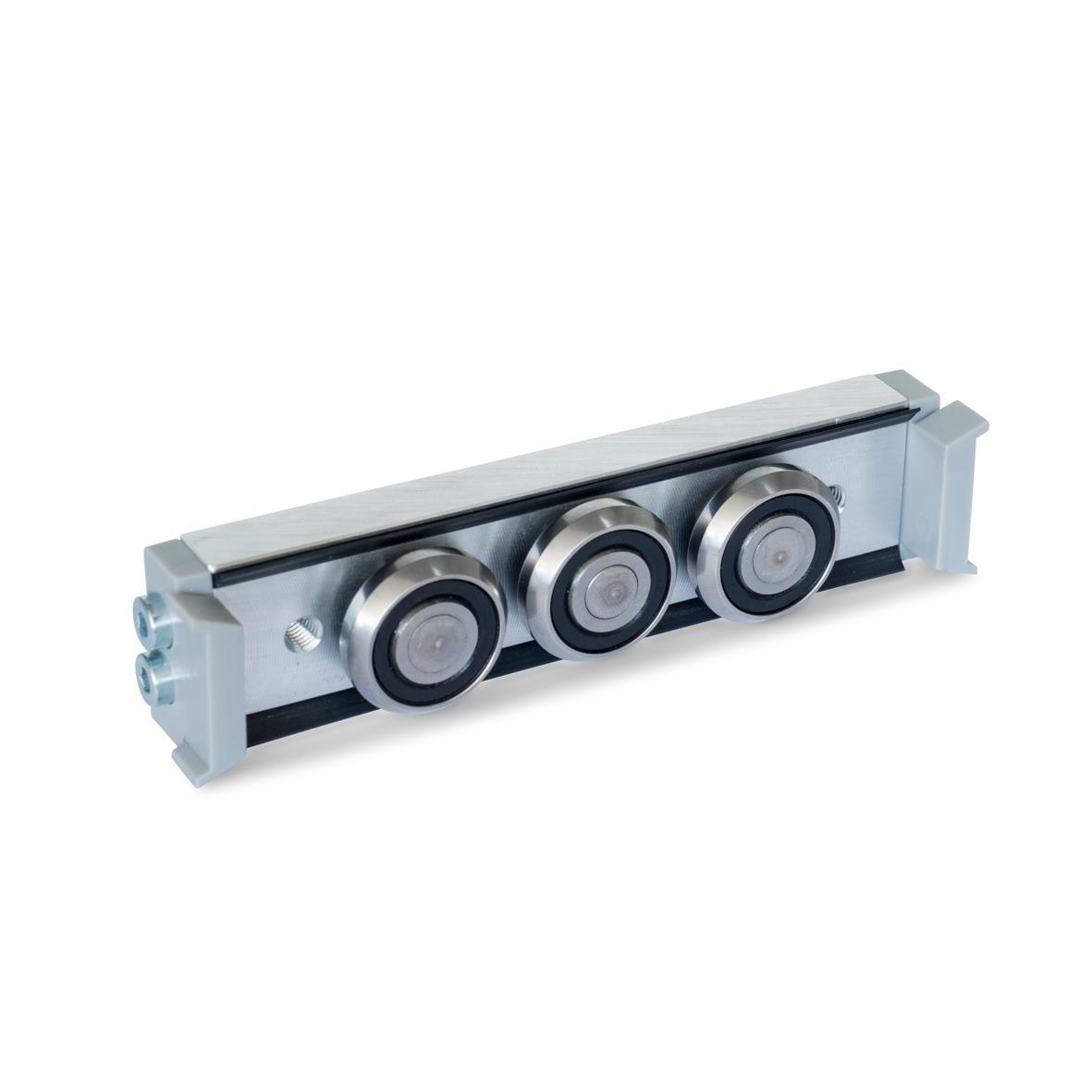 GN 2424 Carros de rodillos, aluminio o acero, medidas métricas, para rieles de guías de rodillo GN 2422 Tipo: N - Carro de rodillos normal, disposición central Versión: U - con junta de fricción para riel de cojinetes flotantes (riel en U)