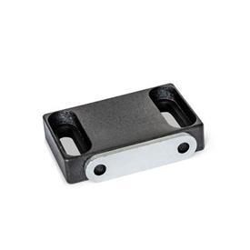 GN 4470 Loquets magnétiques en zinc moulé sous pression, avec surface magnétique caoutchoutée Type: C2 - Surface magnétique latérale, avec trou à fente<br />Identification: F - Avec plaque d'arasement, avec trou fraisé<br />Finition: SW - Noir, RAL 9005, finition texturée